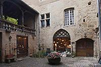Europe/France/Midi-Pyrénées/46/Lot/Figeac: Cour intérieure d'une maison médiévale au N°: 47 de la rue Gambetta