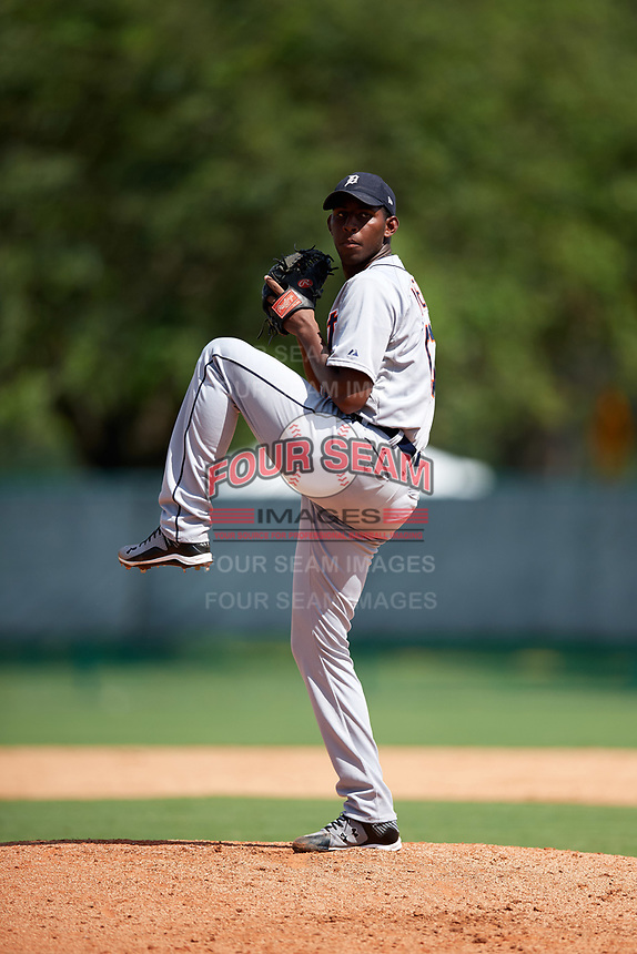 Detroit Tigers pitcher Jhonny Mateo (61) delivers a pitch during an Instructional League game against the Pittsburgh Pirates on October 10, 2017 at Pirate City in Bradenton, Florida.  (Mike Janes/Four Seam Images)