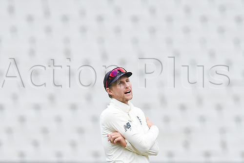30th December 2017, Melbourne Cricket Ground, Melbourne, Australia; The Ashes Series, fourth test, day 5, Australia versus England; Joe Root of England shows his disgust during the closing day of the boxing day test