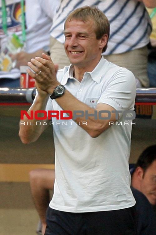FIFA WM 2006 -  Round of Sixteen - / Viertelfinale <br /> Play    #49 (24-Jun) - Deutschland - Schweden<br /> <br /> Jubel bei Trainer Coach J&uuml;rgen Klinsmann <br /> <br /> Foto &copy; nordphoto