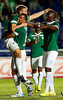 CALI -COLOMBIA-28-AGOSTO-2014. Cristian Nasuti del Deportivo Cali de Colombia celebra su gol contra UTC Cajamarca del Peru durante las eliminatorias de la Copa Sudamericana jugado en el estadio Pascual Guerrero de la ciudad de  Cali . / Cristian Nasuti  of Deportivo Cali of Colombia celebrates his goal against UTC Cajamarca  of Peru during qualifiers will played in the Copa Sudamericana Pascual Guerrero stadium in Cali.  Photo: VizzorImage / Juan Carlos Quintero / Stringer
