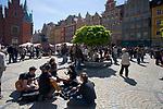 """Wrocław, 2007-05-01. Próba bicia gitarowego rekordu Guinessa w zbiorowym odegraniu utwou Jmi Hendrixa pt. """"Hey Joe"""""""
