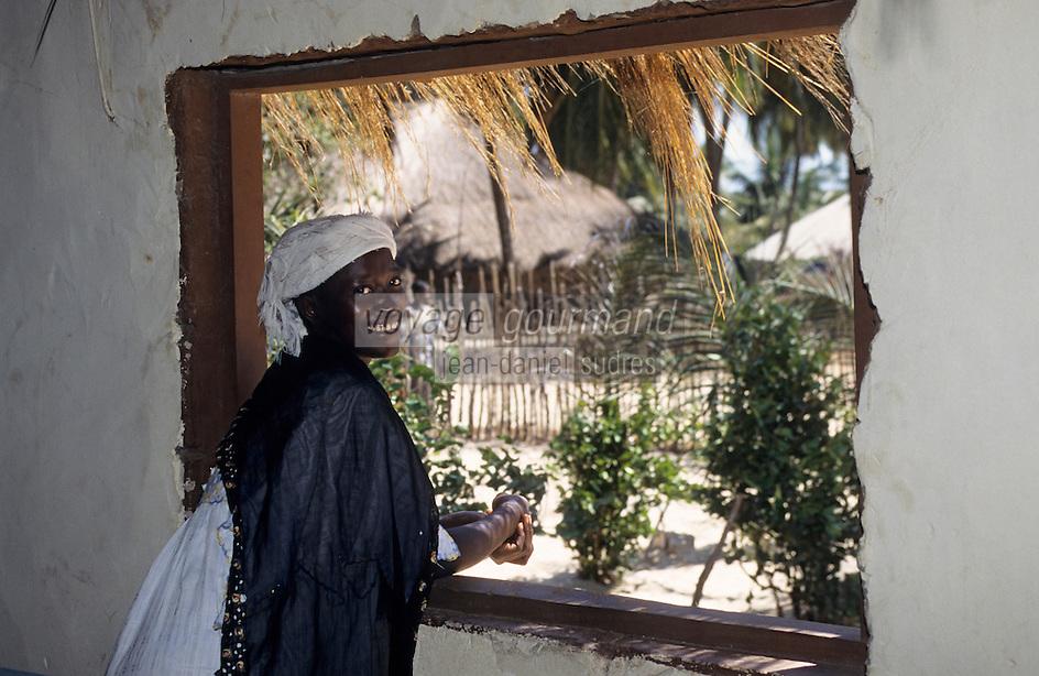 Afrique/Afrique de l'Ouest/Sénégal/Basse-Casamance/Kachouane : La soeur de Mamadou Bocuse