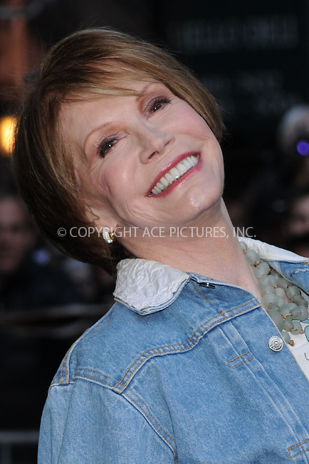 WWW.ACEPIXS.COM . . . . . ....March 24 2009, New York City....Actress Mary Tyler Moore made an appearance at the 'Late Show with David Letterman' at the Ed Sullivan Theatre on March 24 2009 in New York City....Please byline: KRISTIN CALLAHAN - ACEPIXS.COM.. . . . . . ..Ace Pictures, Inc:  ..tel: (212) 243 8787 or (646) 769 0430..e-mail: info@acepixs.com..web: http://www.acepixs.com