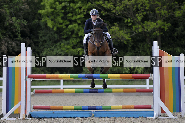 Class 5. Foxhunter. British Showjumping (BS) Juniors. Brook Farm training centre. Stapleford Abbotts. Essex. 13/05/2017. MANDATORY Credit Garry Bowden/Sportinpictures - NO UNAUTHORISED USE - 07837 394578