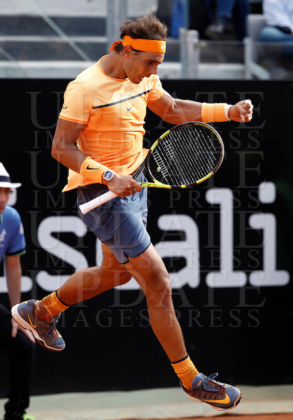 Lo spagnolo Rafael Nadal durante gli Internazionali d'Italia di tennis a Roma, 12 maggio 2016.<br /> Spain's Rafael Nadal reacts after winning a point against Australia's Nick Kyrgios at the Italian Open tennis tournament in Rome, 12 May 2016.<br /> UPDATE IMAGES PRESS/Isabella Bonotto