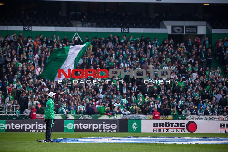 09.04.2016, Weser Stadion, Bremen, GER, 1.FBL, SV Werder Bremen vs FC Augsburg, im Bild Ostkurve Werder Bremen Fans<br /> <br /> <br /> <br /> Foto &copy; nordphoto / Woratschka