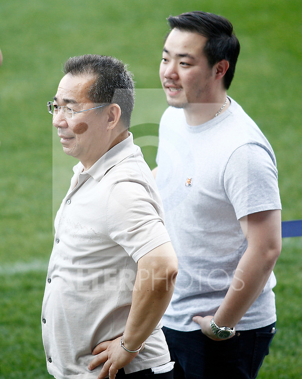 Leicester City FC's Chairman Vichai Srivaddhanaprabha (l) and his son and Vice Chairman Aiyawatt Srivaddhanaprabha during training session. April 11, 2017.(ALTERPHOTOS/Acero)