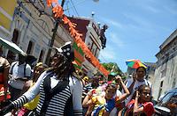 OLINDA, PE, 05.02.2016 – ZIKA-PE – Dezenas de pessoas desfilaram pelas ruas de Olinda (PE) em um enterro simbólico do mosquito Aedes aegypti. (Foto: Diego Herculano / Brazil Photo Press)