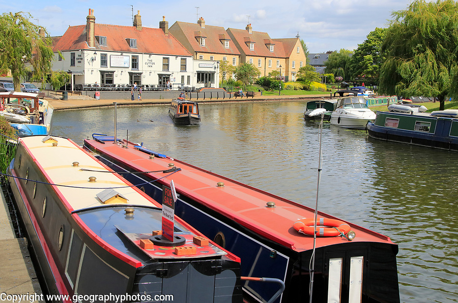 Narrow boats on the  River Great Ouse, Ely, Cambridgeshire, England, UK