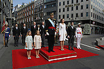 Coronation ceremony in Madrid. King Felipe VI of Spain and Queen Letizia of Spain at Congreso de los Diputados with their children Princess Leonor and enfant Sofía. Madrid, June 19 ,2014. (ALTERPHOTOS/EFE/Pool)