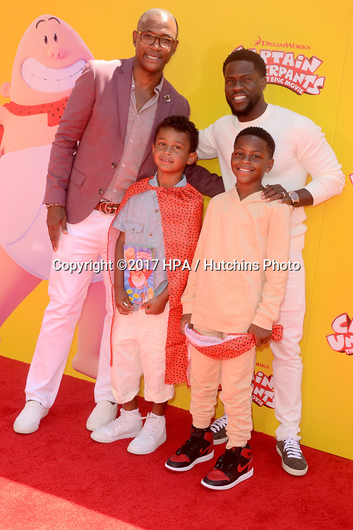 "LOS ANGELES - MAY 21:  Tommy Davidson, Kevin Hart at the ""Captain Underpants"" Los Angeles Premiere at the Village Theater on May 21, 2017 in Westwood, CA"