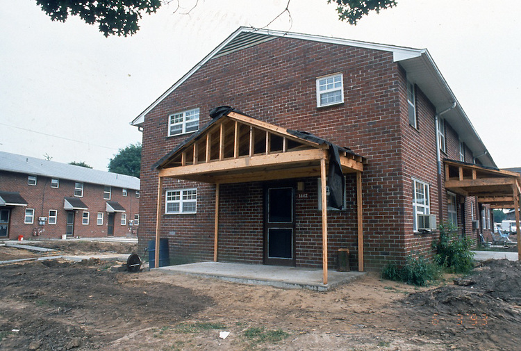 1993 June 21..Assisted Housing..Diggs Town (6-6)..Interim.1442 Melon Street.partial completion of porches...NEG#.NRHA#..HOUSING: DiggsTn1 17:19