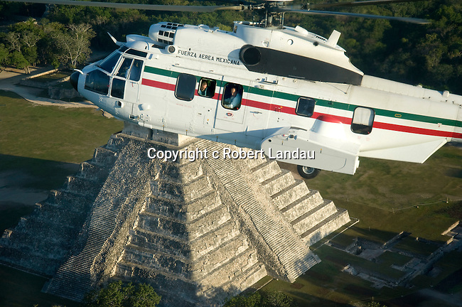 Peter Greenberg and President Felipe Calderon in his helicopter over Mexico