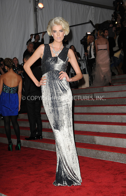 WWW.ACEPIXS.COM . . . . . ....May 4 2009, New York City....Agyness Deyn arriving at 'The Model as Muse: Embodying Fashion' Costume Institute Gala at The Metropolitan Museum of Art on May 4, 2009 in New York City.....Please byline: KRISTIN CALLAHAN - ACEPIXS.COM.. . . . . . ..Ace Pictures, Inc:  ..tel: (212) 243 8787 or (646) 769 0430..e-mail: info@acepixs.com..web: http://www.acepixs.com