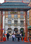 Londyn, 2009-03-05. Brama wejściowa do chińskiej dzielnicy.