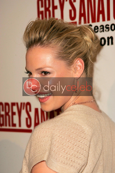 """Katherine Heigl<br />at the DVD launch event for """"Grey's Anatomy: The Complete First Season"""". Geisha House, Hollywood, CA. 02-13-06<br />Dave Edwards/DailyCeleb.com 818-249-4998"""