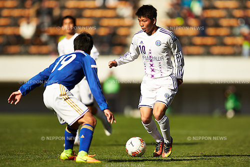 Kazuki Yazaki (), <br /> JANUARY 5, 2017 - Football /Soccer : <br /> 95th All Japan High School Soccer Tournament <br /> Quarter-final match <br /> between Sano Nihon University high school 2-1 Komazawa University high school <br /> at Fukuda Denshi Arena, Chiba, Japan. <br /> (Photo by AFLO SPORT)