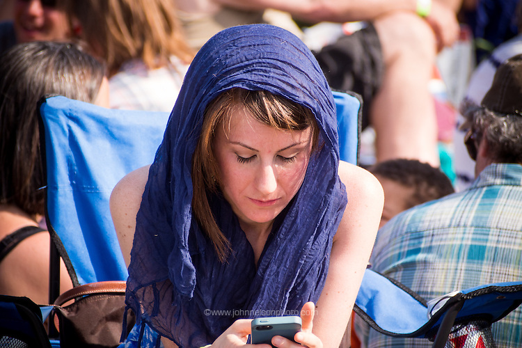 Tweeting Beauty The fifth annual Kingman Island Bluegrass Festival in Washington, DC. 26 April 2014 PHOTO/John Nelson