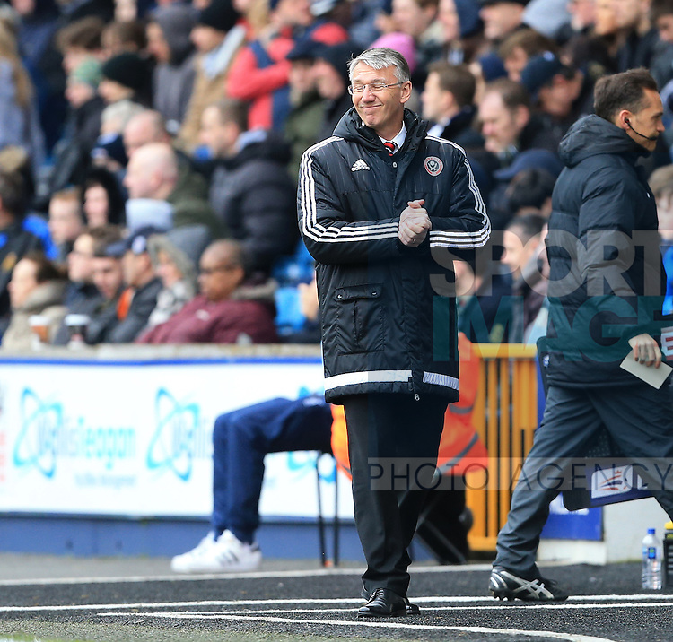Sheffield United's Nigel Adkins looks on dejected during the League One match at The Den.  Photo credit should read: David Klein/Sportimage