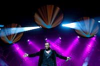 SAO PAULO, SP, 20 DE JULHO DE 2012 - SHOW ALEXANDRE PIRES: O cantor e compositor Alexandre Pires se apresentou na noite desta sexta feira (20) no Credicard Hall em São Paulo.  FOTO: LEVI BIANCO - BRAZIL PHOTO PRESS