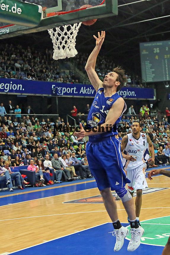 Marius Nolte (Skyliners) trifft in seinem letzten Heimspiel vor seinem Wechsel ins Management - Fraport Skyliners vs. Eisbären Bremerhaven, Fraport Arena Frankfurt