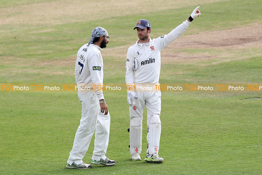 Essex captain James Foster (R) issues instructions to Monty Panesar - Leicestershire CCC vs Essex CCC - LV County Championship Division Two Cricket at Grace Road, Leicester - 16/09/14 - MANDATORY CREDIT: Gavin Ellis/TGSPHOTO - Self billing applies where appropriate - contact@tgsphoto.co.uk - NO UNPAID USE