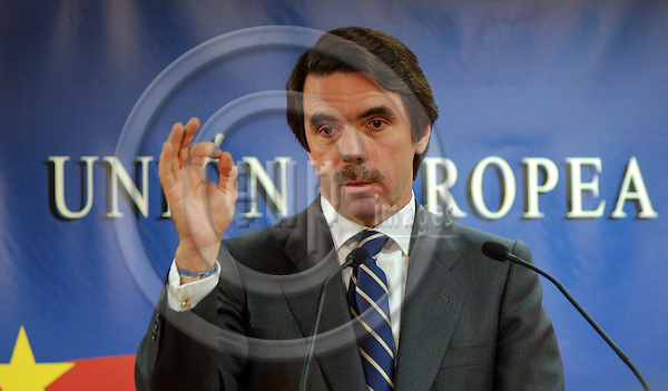 Brussels-Belgium - December 13, 2003---Jose Maria (Jos? Mar'a) AZNAR, Spanish Prime Minister,  during his press conference  on the failure of the Intergovernmental Conference at the end of the European Summit/Council in the 'Justus Lipsius' / seat of the Council of the European Union in Brussels---Photo: Horst Wagner/eup-images