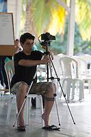 Lideranças do GTA, convidados e jornalistas conversam sobre os trabalhos para o IV Encontrão  para dar continuidade a implantação do protocolo comunitário no Arquipélago do Bailique  na foz do rio Amazonas, Amapá, Brasil.Foto Paulo Santos 12/06/2015