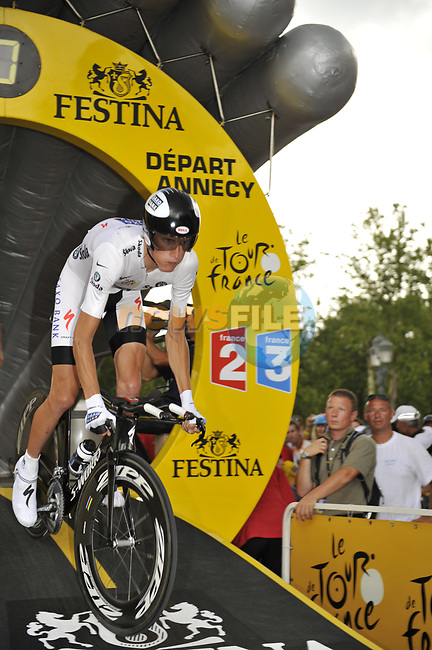 White Jersey holder Andy Schleck (LUX) Team Saxo Bank starts Stage 18 of the Tour de France 2009 an individual time trial running 40.5km around Lake Annecy, France. 23rd July 2009 (Photo by Eoin Clarke/NEWSFILE)