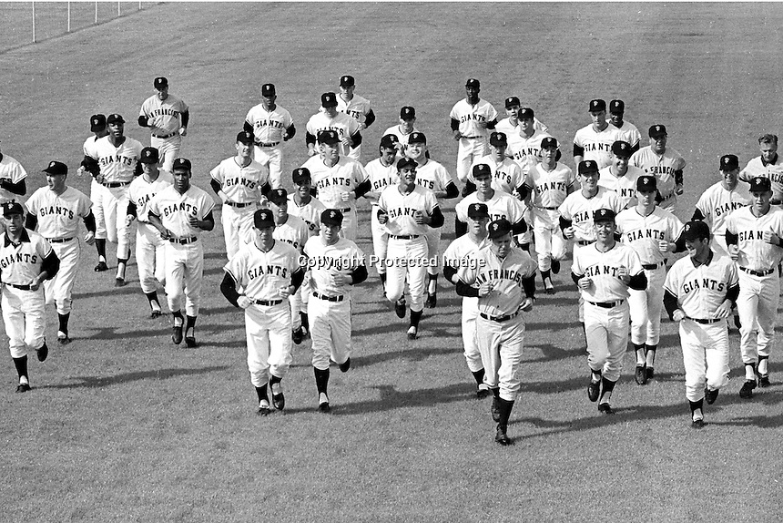 San Francisco Giants running at spring training at Casa Grande Arizona, 1968. (photo Ron Riesterer)