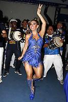S&Atilde;O PAULO, SP, 07.09.2013 - IMP&Eacute;RIO DE CASAVERDE ESCOLHE SAMBA ENREDO, Andr&eacute;a de Andrade na Escola de Samba Imp&eacute;rio de Casa verde que escolheu seu samba enredo na noite desse s&aacute;bado, 07, o destaque foi a musa da bateria Andr&eacute;a de Andrade.<br /> (Foto: Paduardo / Brazil Photo Press).