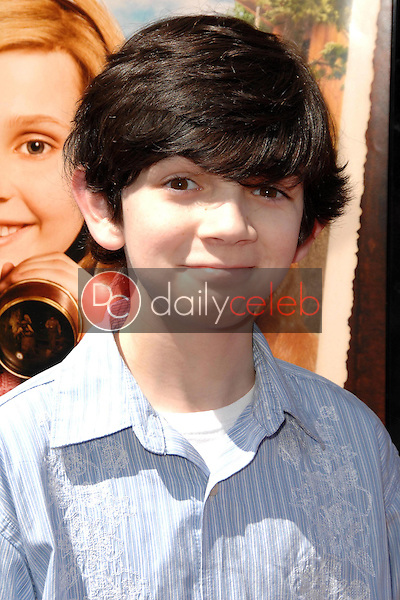 """Zach Mills<br />at the world premiere of """"Kit Kittredge: An American Girl"""". The Grove, Los Angeles, CA. 06-14-08<br />Dave Edwards/DailyCeleb.com 818-249-4998"""