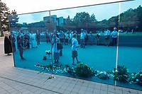 """Gedenken an die NS-Patientenmorde am Freitag den 30. August 2019 in Berlin.<br /> Mit der """"Aktion T4"""", wurden mehr als 70.000 Menschen mit koerperlichen, geistigen und seelischen Behinderungen ermordet.<br /> Im Bild: Teilnehmer des Gedenken legen weisse Rosen am Mahnmal nieder.<br /> 30.8.2019, Berlin<br /> Copyright: Christian-Ditsch.de<br /> [Inhaltsveraendernde Manipulation des Fotos nur nach ausdruecklicher Genehmigung des Fotografen. Vereinbarungen ueber Abtretung von Persoenlichkeitsrechten/Model Release der abgebildeten Person/Personen liegen nicht vor. NO MODEL RELEASE! Nur fuer Redaktionelle Zwecke. Don't publish without copyright Christian-Ditsch.de, Veroeffentlichung nur mit Fotografennennung, sowie gegen Honorar, MwSt. und Beleg. Konto: I N G - D i B a, IBAN DE58500105175400192269, BIC INGDDEFFXXX, Kontakt: post@christian-ditsch.de<br /> Bei der Bearbeitung der Dateiinformationen darf die Urheberkennzeichnung in den EXIF- und  IPTC-Daten nicht entfernt werden, diese sind in digitalen Medien nach §95c UrhG rechtlich geschuetzt. Der Urhebervermerk wird gemaess §13 UrhG verlangt.]"""