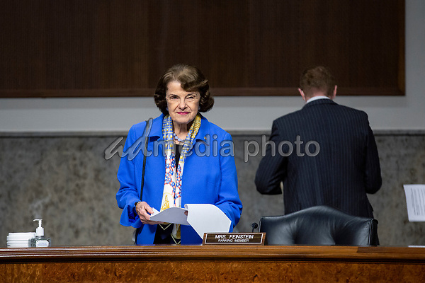 United States Senator Dianne Feinstein (Democrat of California) arrives to the U.S. Senate Committee on the Judiciary hearing on Capitol Hill in Washington D.C., U.S.,  as they consider the nomination of Cory Wilson to be United States Circuit Judge For The Fifth Circuit on Wednesday, May 20, 2020.  Credit: Stefani Reynolds / CNP/AdMedia