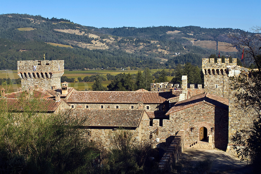 CASTELLO DI AMAROSA is a WINERY housed by an authentic but recently constructed ITALIAN CASTLE located near CALISTOGA - NAPA VALLEY, CALIFORNIA