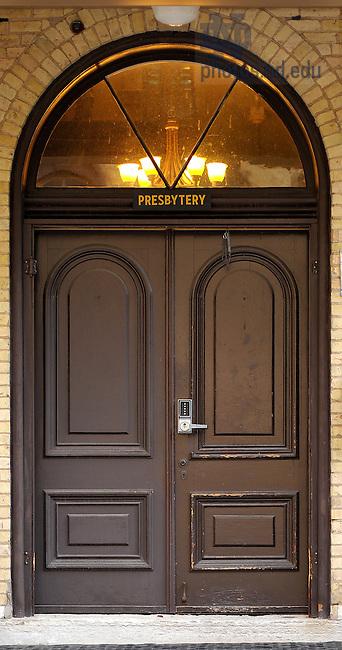 June 13, 2011; Sacred Heart parish center door..Photo by Matt Cashore/University of Notre Dame