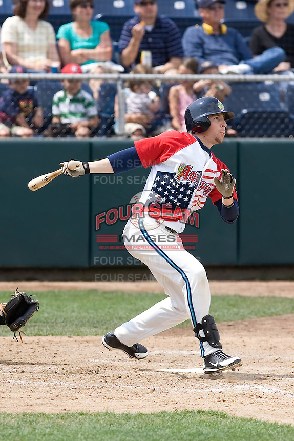July 6, 2008: The Everett AquaSox's Kevin Reynolds at-bat against the Yakima Bears during a Northwest League game at Everett Memorial Stadium in Everett, Washington.