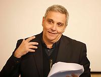 The actor Alessandro Gassman receives the honorary citizenship of Naples <br /> Alessandro Gasmann cittadino onorario di Napoli<br /> Maurizio De Giovanni