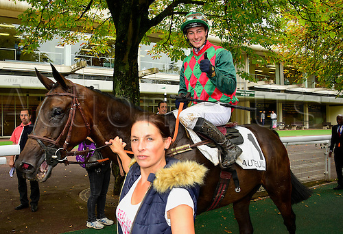 15.09.2016. Auteuil Racecourse, Paris, France.  Race 5-Compiegne Hurdle Grade 3.  Alex De Larredya - Gaetan Masure wins the race