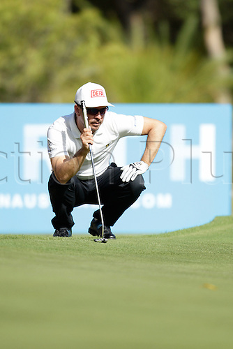 28.02.2016. Perth, Australia. ISPS HANDA Perth International Golf. Mikko Korhonen (FIN) lines up his putt on the 17th green during his final round.
