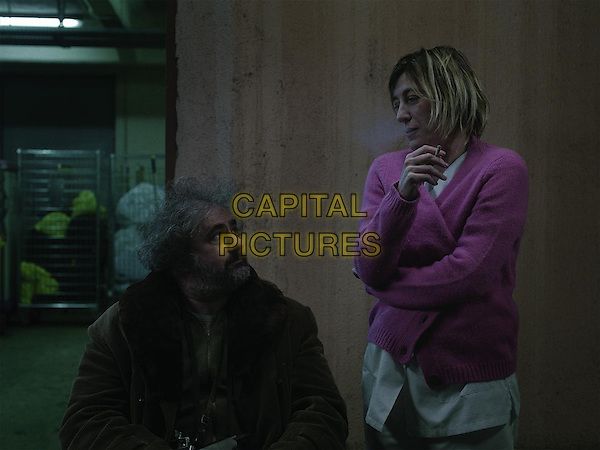 Gustave Kervern, Valeria Bruni Tedeschi<br /> in Asphalte (2015) <br /> *Filmstill - Editorial Use Only*<br /> CAP/NFS<br /> Image supplied by Capital Pictures