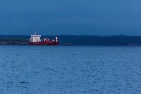 France, Bretagne, (29), Finistère, Brest:  Cargo en Rade de Brest // /  France, Brittany, Finistère, Brest:  Cargo in Roadstead of Brest