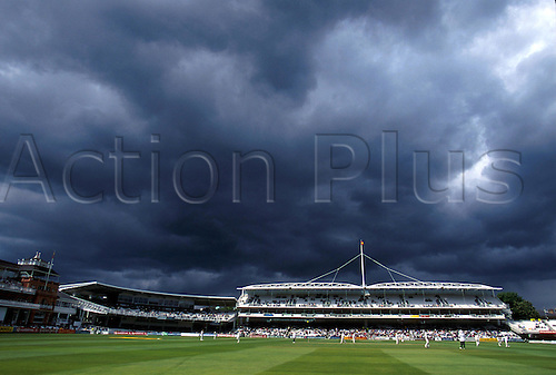 May 18, 2000: Storm clouds over Lords Cricket Ground during England v Zimbabwe. Photo: Glyn Kirk/Action Plus...000518 venue venues grounds GV bad weather cloud