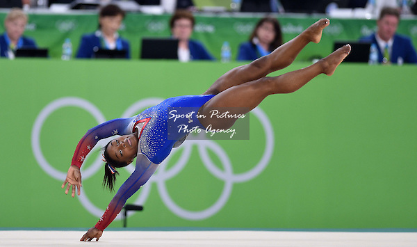 Simone Biles (USA). Womens individual floor exercise. Artistic Gymnastics. Rio Olympic arena. Olympic Park. Rio de Janeiro. Brazil. 16/08/2016. ~ MANDATORY CREDIT Garry Bowden/SIPPA - NO UNAUTHORISED USE - +44 7837 394578