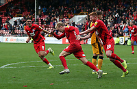 O's Josh Wright scores a dramatic last gasp equaliser with a diving header past keeper Scott Brown.Celebrtes with Matt Harrold then legs itduring Leyton Orient vs Port Vale, Sky Bet EFL League 2 Football at The Breyer Group Stadium on 28th September 2019