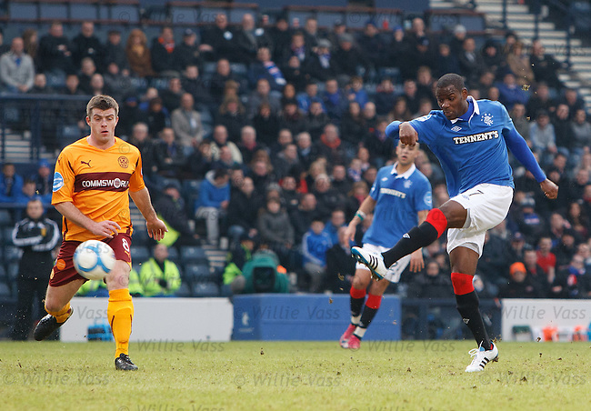 Maurice Edu pens the scoring for Rangers