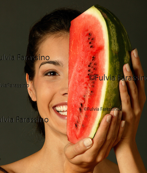 Ragazza con anguria,young woman with watermelon