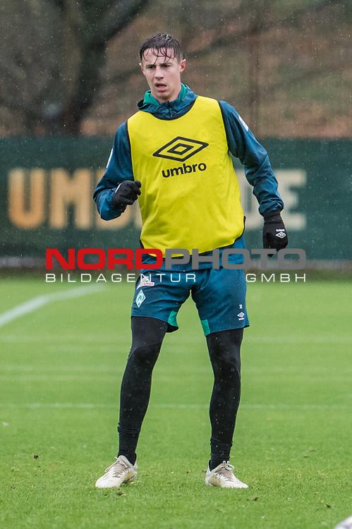 02.12.2018, Trainingsgelaende am Weserstadion, Bremen, GER, 1.FBL, Training SV Werder Bremen<br /> <br /> im Bild<br /> Marco Friedl (Werder Bremen #32), <br /> <br /> Foto &copy; nordphoto / Ewert