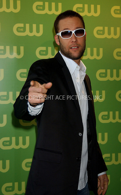 WWW.ACEPIXS.COM . . . . .....NEW YORK, MAY 18, 2006....Michael Rosenbaum at the CW Upfront Red Carpet.....Please byline: KRISTIN CALLAHAN - ACEPIXS.COM.. . . . . . ..Ace Pictures, Inc:  ..(212) 243-8787 or (646) 679 0430..e-mail: picturedesk@acepixs.com..web: http://www.acepixs.com
